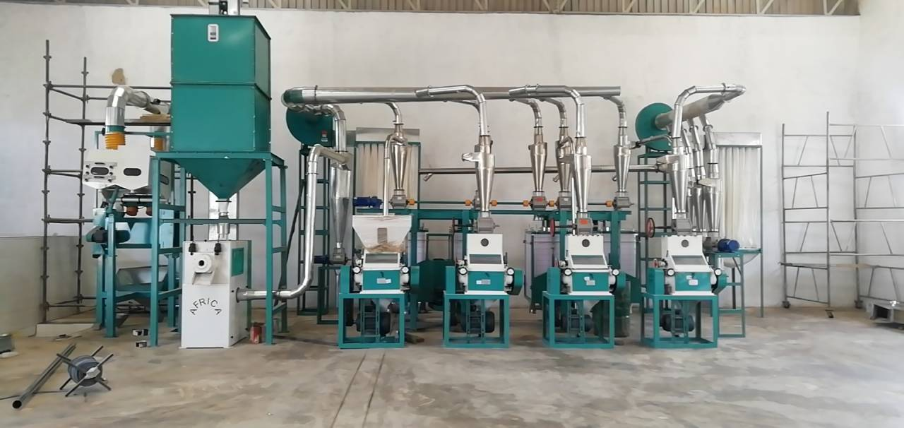 This is Hongdefa 20t/24h maize mill machine installed in Malawi.
